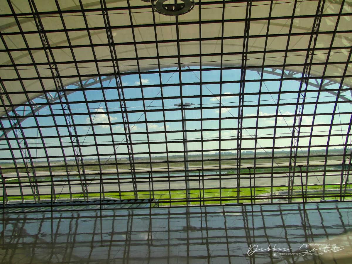 WPC Lines - Suvarnabhumi Airport 3