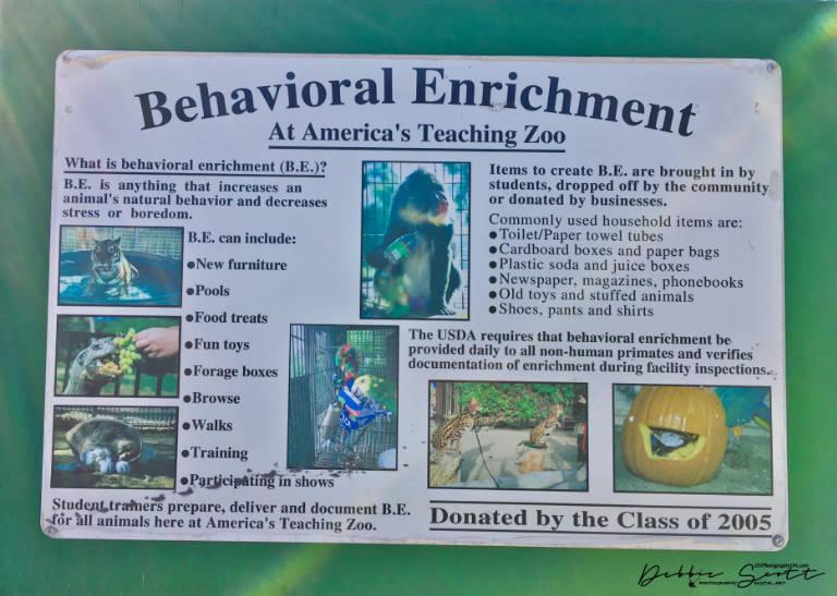 WPC- Tour Guide Behavioral Enrichment Sign